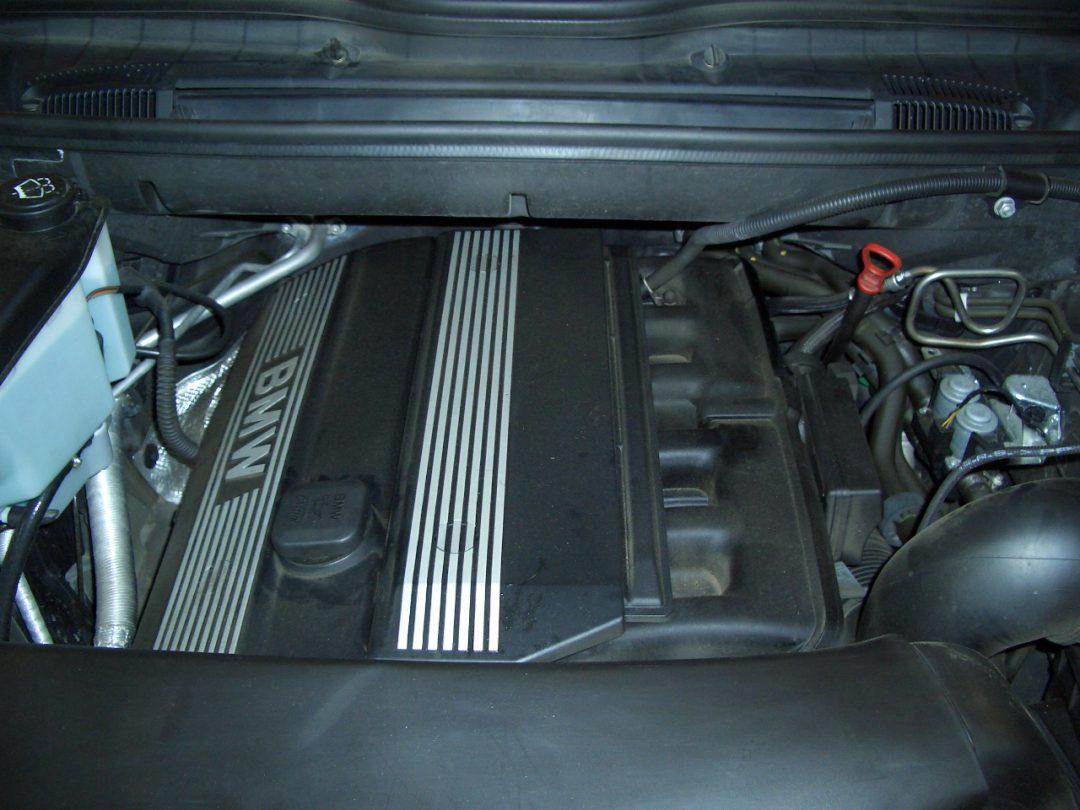 Autogas-Umruestung-LPG-Frontgas-BMWX5-3,0i-2