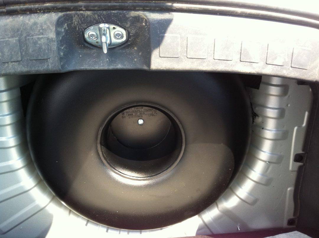 Autogas-Umruestung-LPG-Frontgas-Mitsubishi-Colt-Tank