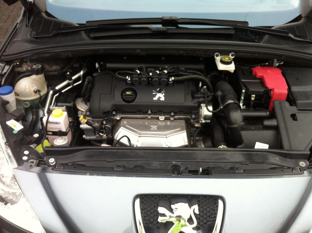 Autogas-Umruestung-LPG-Frontgas-Peugeot-308-System-1024x765