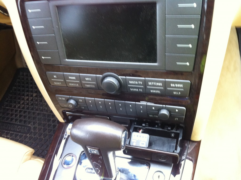 Autogas-Umruestung-LPG-Frontgas-VW-Phaeton-32-5-1024x765