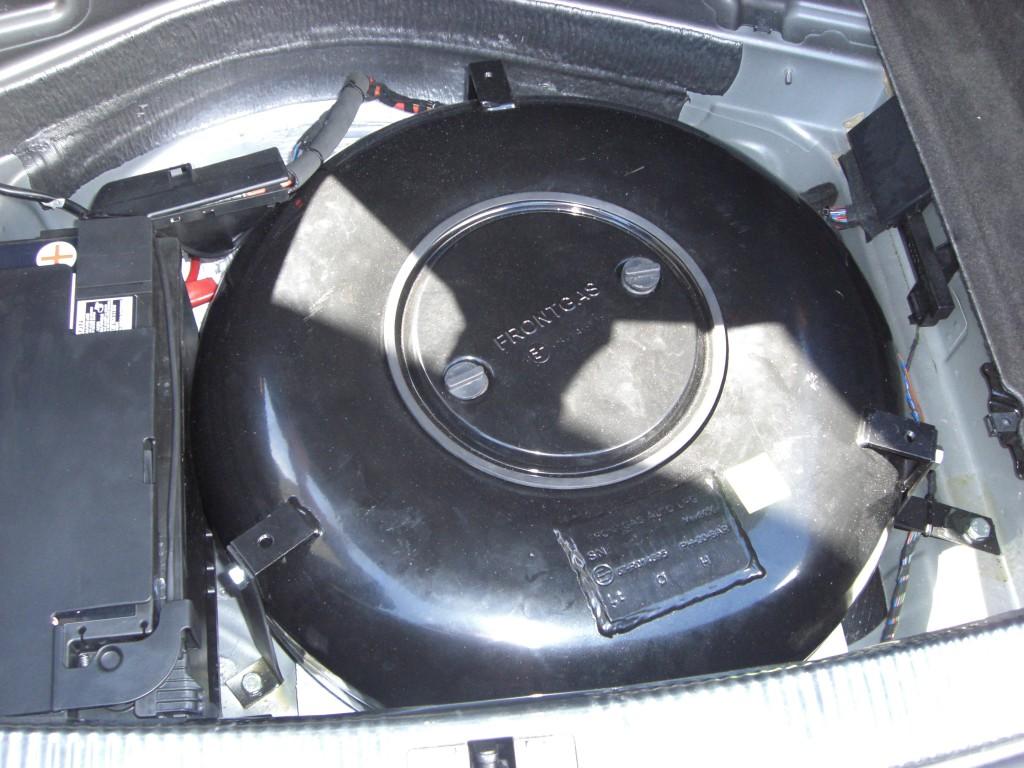Autogas-Umruestung-LPG-Frontgas-Audi-A7-30-TSFI-Tank-1024x768