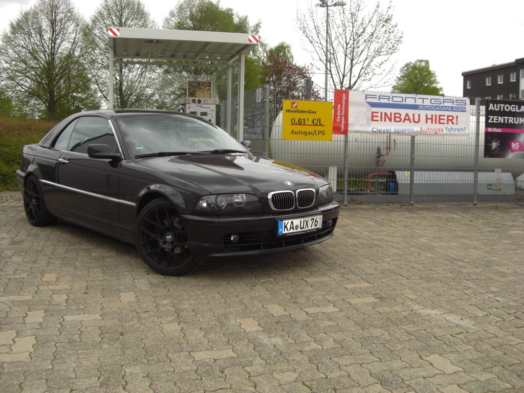 Autogas-Umruestung-LPG-Frontgas-BMW-323-Cabrio-E46-Hauptbild-1024x768