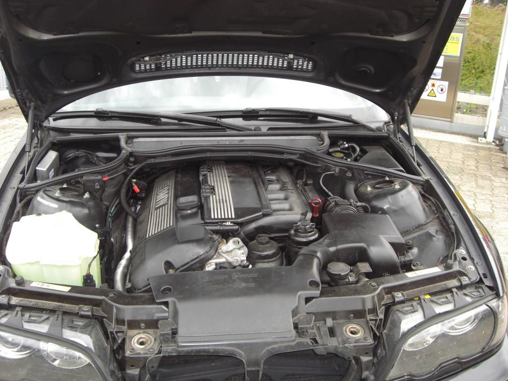 Autogas-Umruestung-LPG-Frontgas-BMW-323-Cabrio-E46-System-1024x768