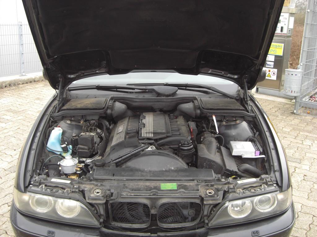 Autogas-Umruestung-LPG-Frontgas-BMW-520-E39-System-1024x768