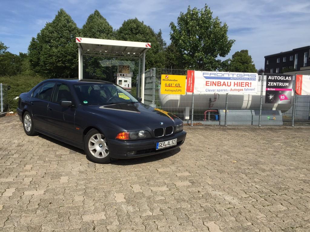 Autogas-Umruestung-LPG-Frontgas-BMW-523-E39-Hauptbild-1024x768
