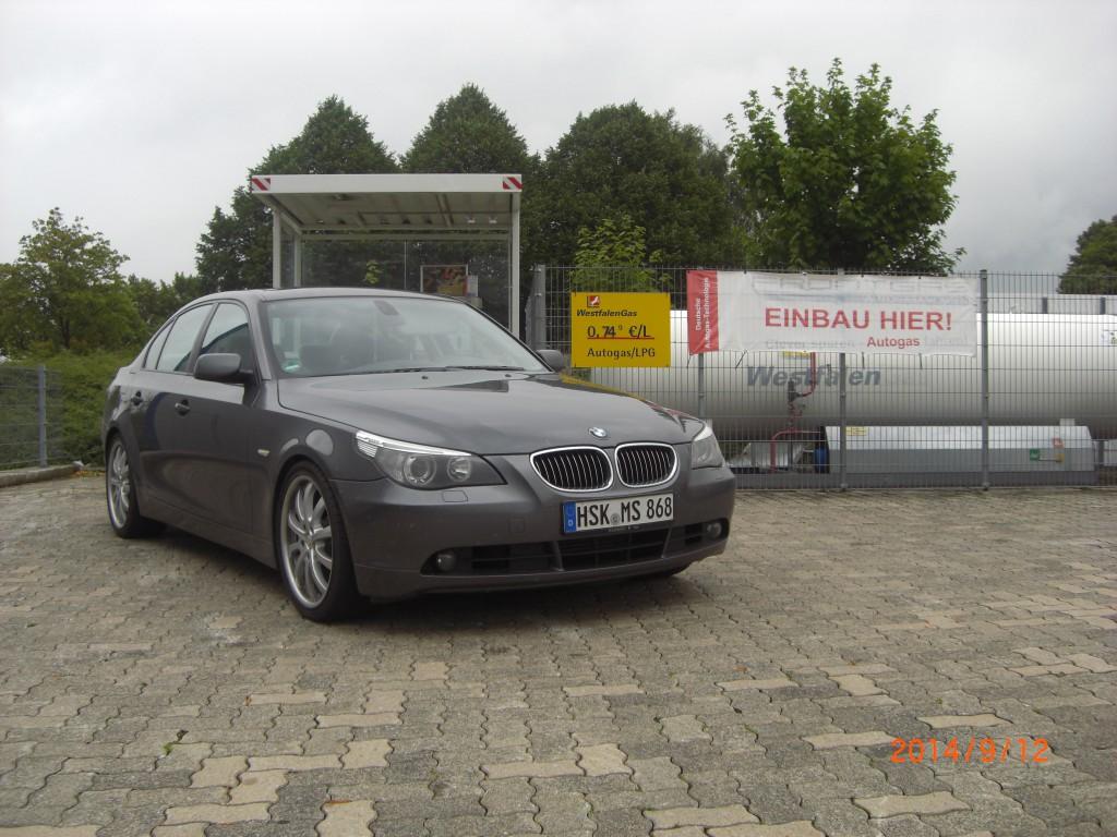 Autogas-Umruestung-LPG-Frontgas-BMW-545-E60-Hauptbild-1024x768