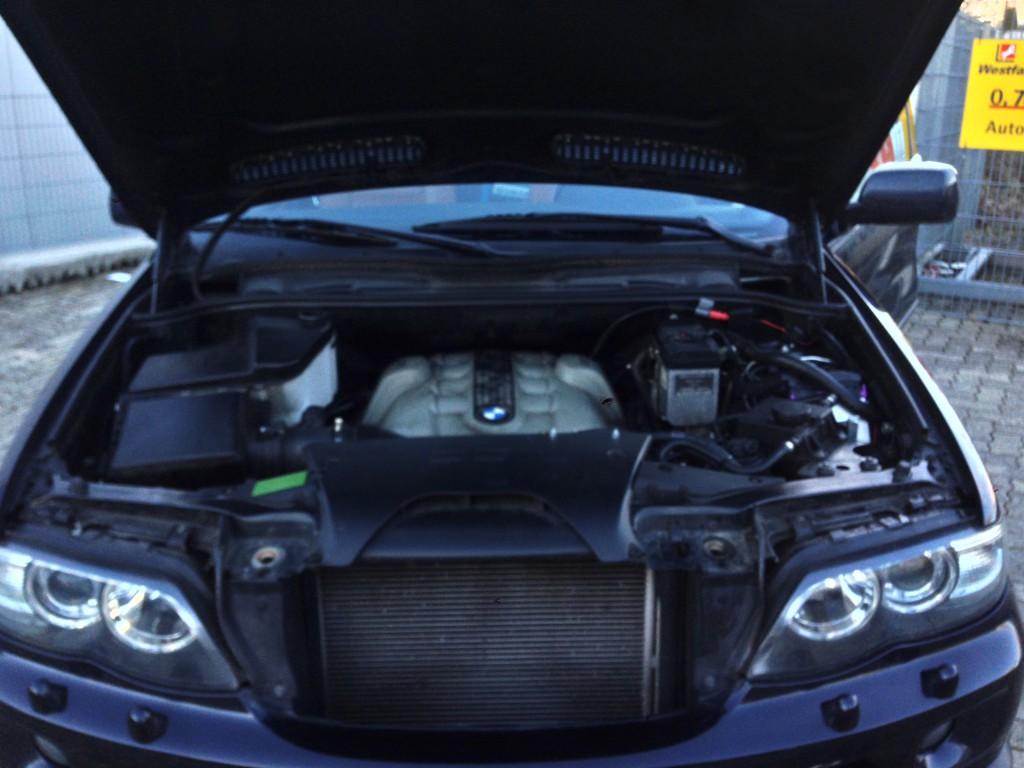 Autogas-Umruestung-LPG-Frontgas-BMW-X5-44-System-1024x768