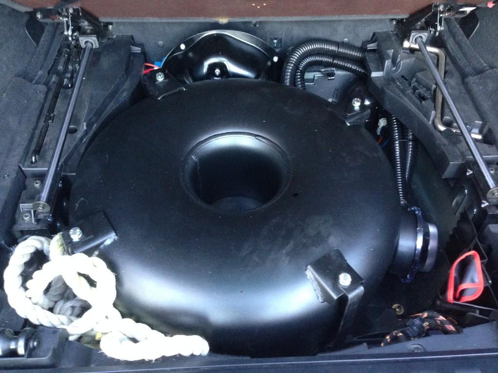 Autogas-Umruestung-LPG-Frontgas-BMW-X5-44-Tank-1024x768