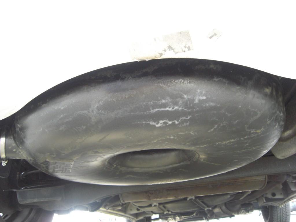 Autogas-Umruestung-LPG-Frontgas-Citrioen-C8-Tank-1024x768