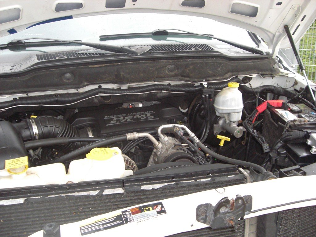 Autogas-Umruestung-LPG-Frontgas-Dodge-Ram1500-System-1024x768