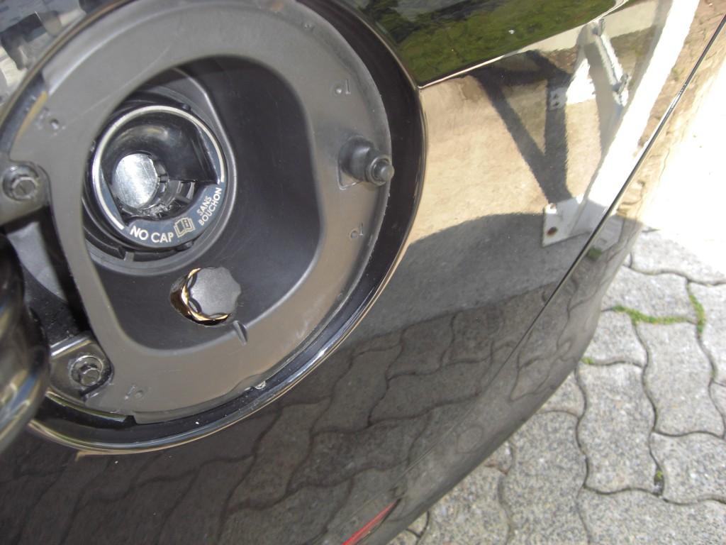Autogas-Umruestung-LPG-Frontgas-Ford-Mustang-5.0-Tankstutzen-1024x768