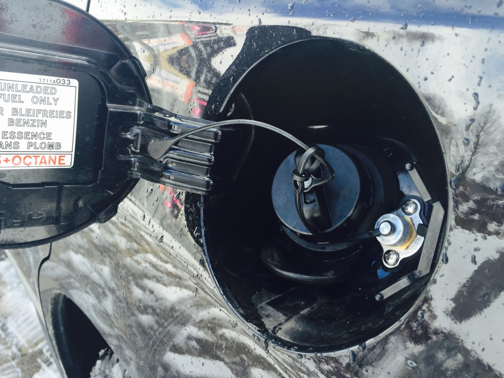 Autogas-Umruestung-LPG-Frontgas-Mitsubishi-ASX-Tankstutzen-1024x768