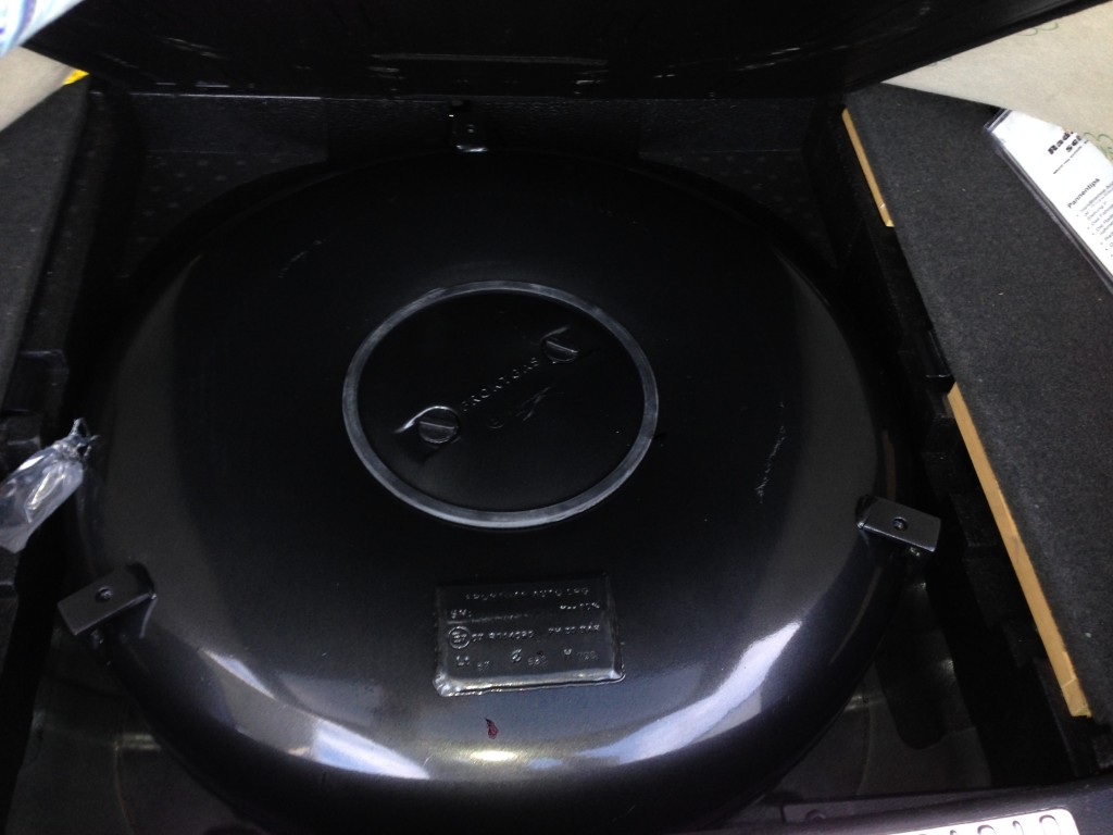 Autogas-Umruestung-LPG-Frontgas-Mitsubishi-Outlander-Tank-1024x768