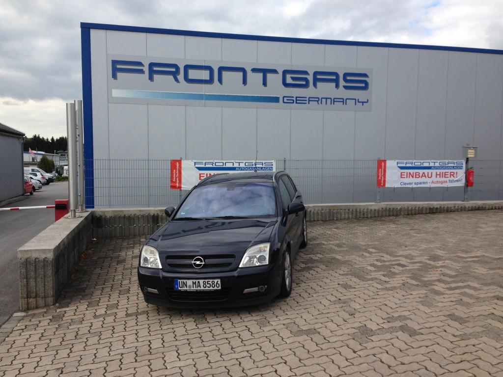 Autogas-Umruestung-LPG-Frontgas-Opel-Signum-Hauptbild-1024x768