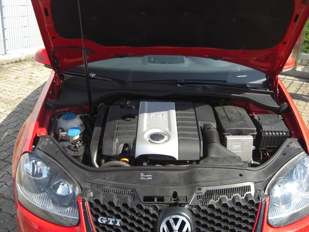 Autogas-Umruestung-LPG-Frontgas-VW-Golf5-16-System-1024x768