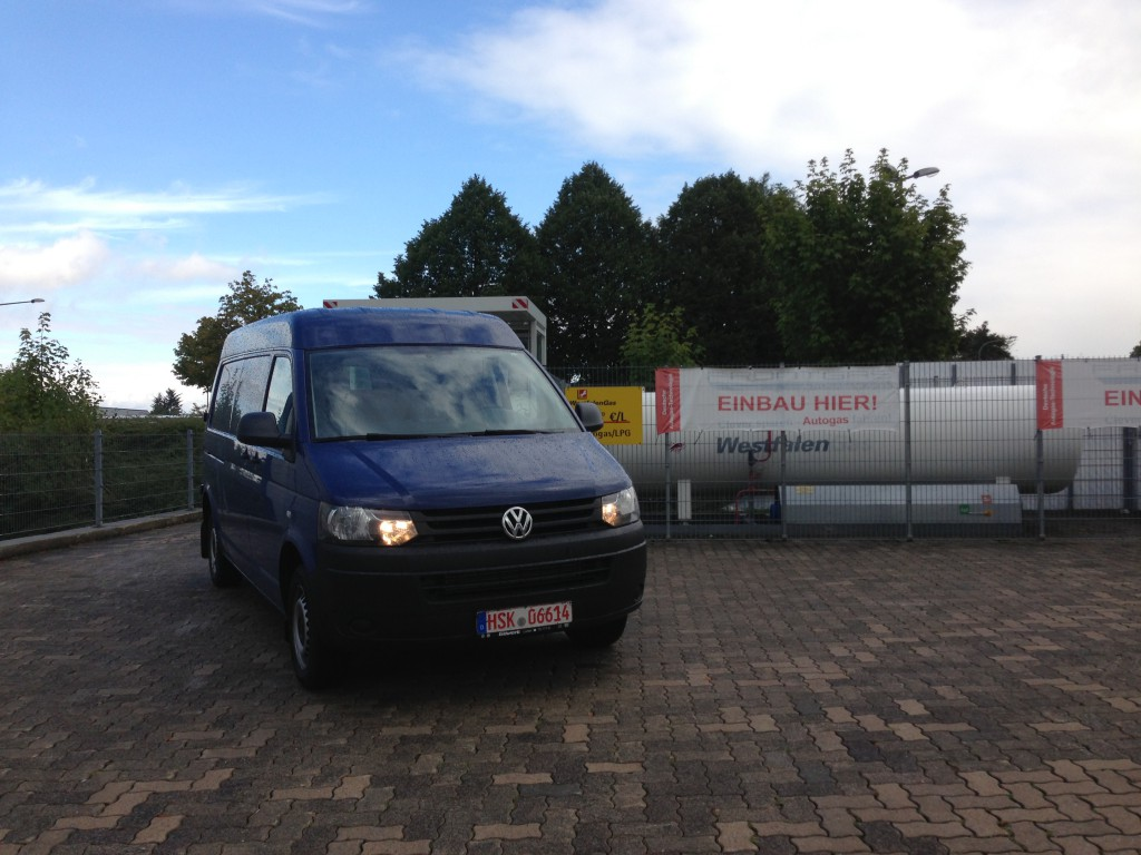 Autogas-Umruestung-LPG-Frontgas-VW-T5-2.0-TSI-Hauptbild-1024x768
