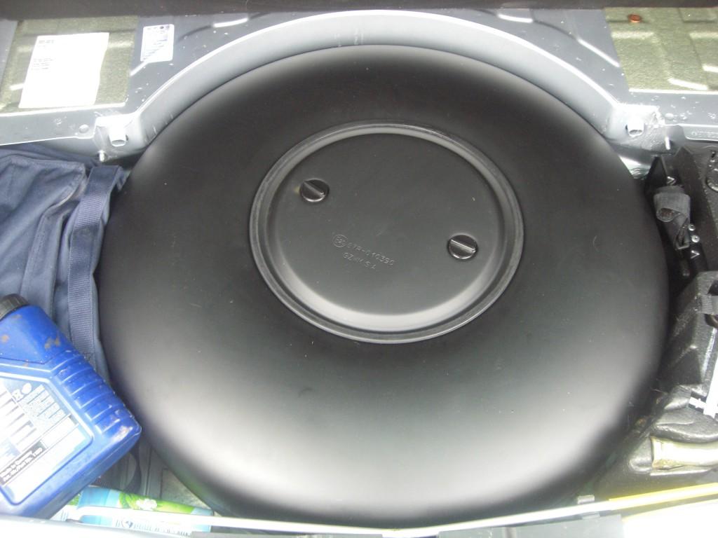 Autogas-Umruestung-LPG-Frontgas-VW-Touareg-32-Tank-1024x768