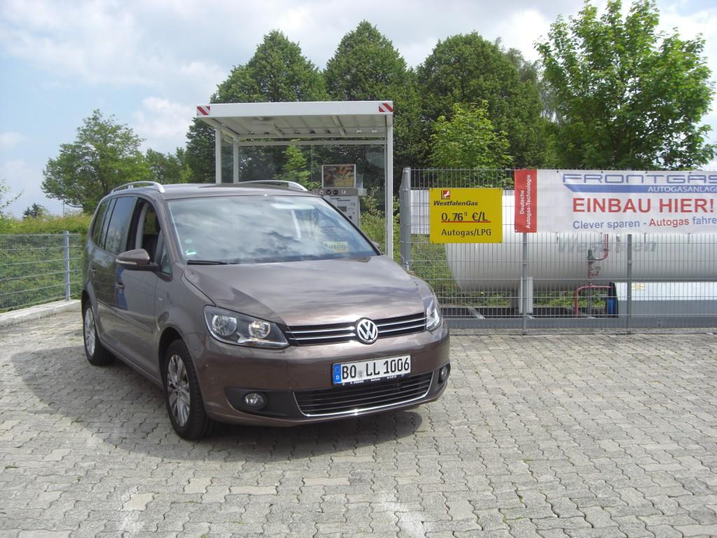 Autogas-Umruestung-LPG-Frontgas-VW-Touran-1.2-TSI-Hauptbild2-1024x768