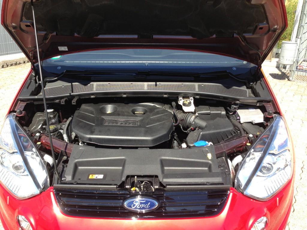 Autogas_Umrüstung-LPG_Ford_S-Max_Ecoboost-Motorraum