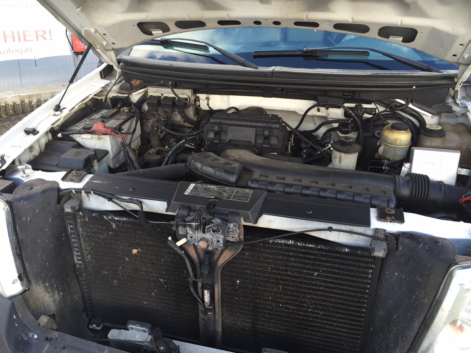 Autogas-Umrüstung-LPG-Frontgas-Ford-F150-V-8-4