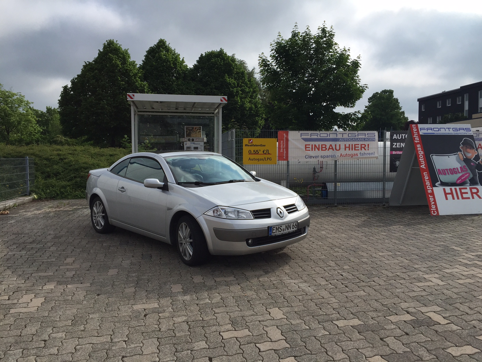 Autogas-Umrüstung-LPG-Frontgas-Renault-Megane-Cabrio-5