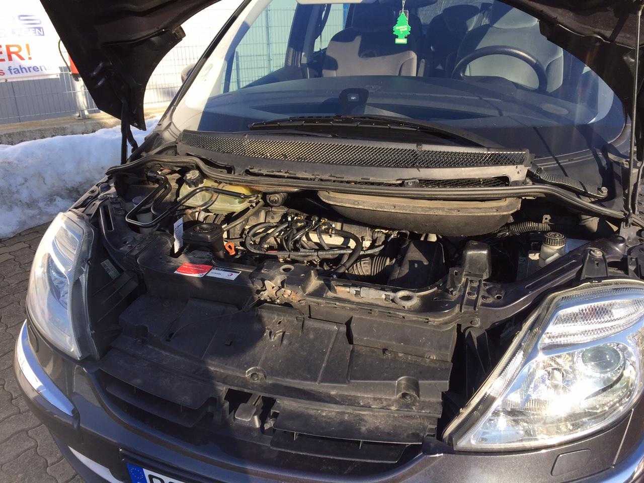 Autogas-Umrüstung-LPG-Frontgas-Citroen-C8-03