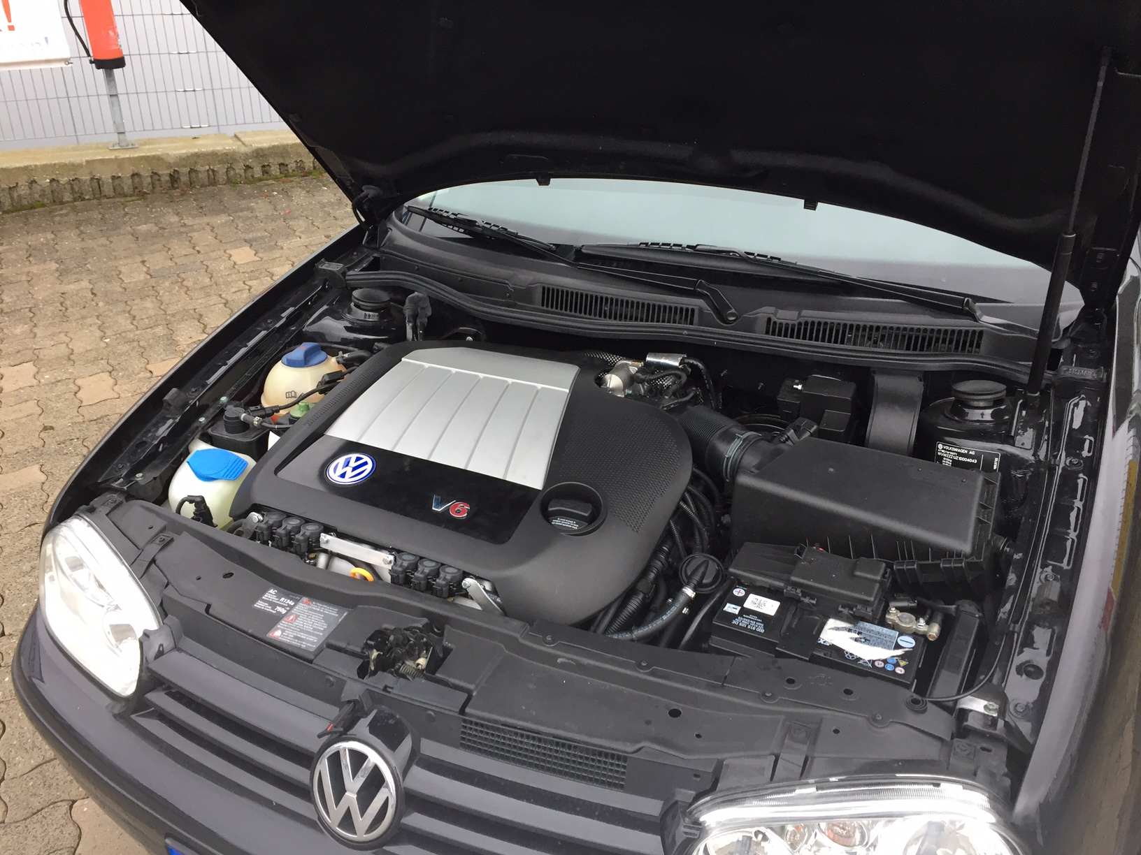 Autogas-Umrüstung-LPG-Frontgas-VW-Golf-4-2,8-150kw-03