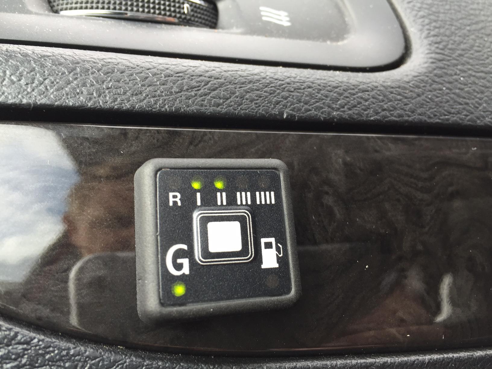 autogas_umruesstung-auf-lpg-autogas-dodge-grand-caravan-tankuhr