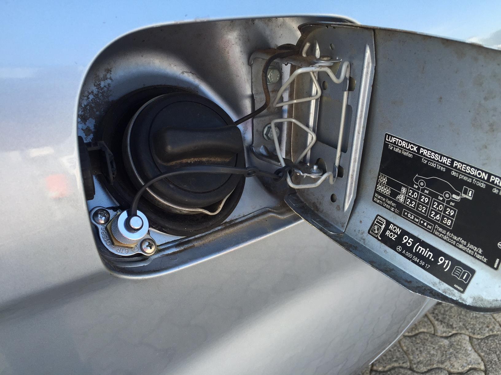 autogas_umruesstung-auf-lpg-autogas-mercedes-b170-tankklappe