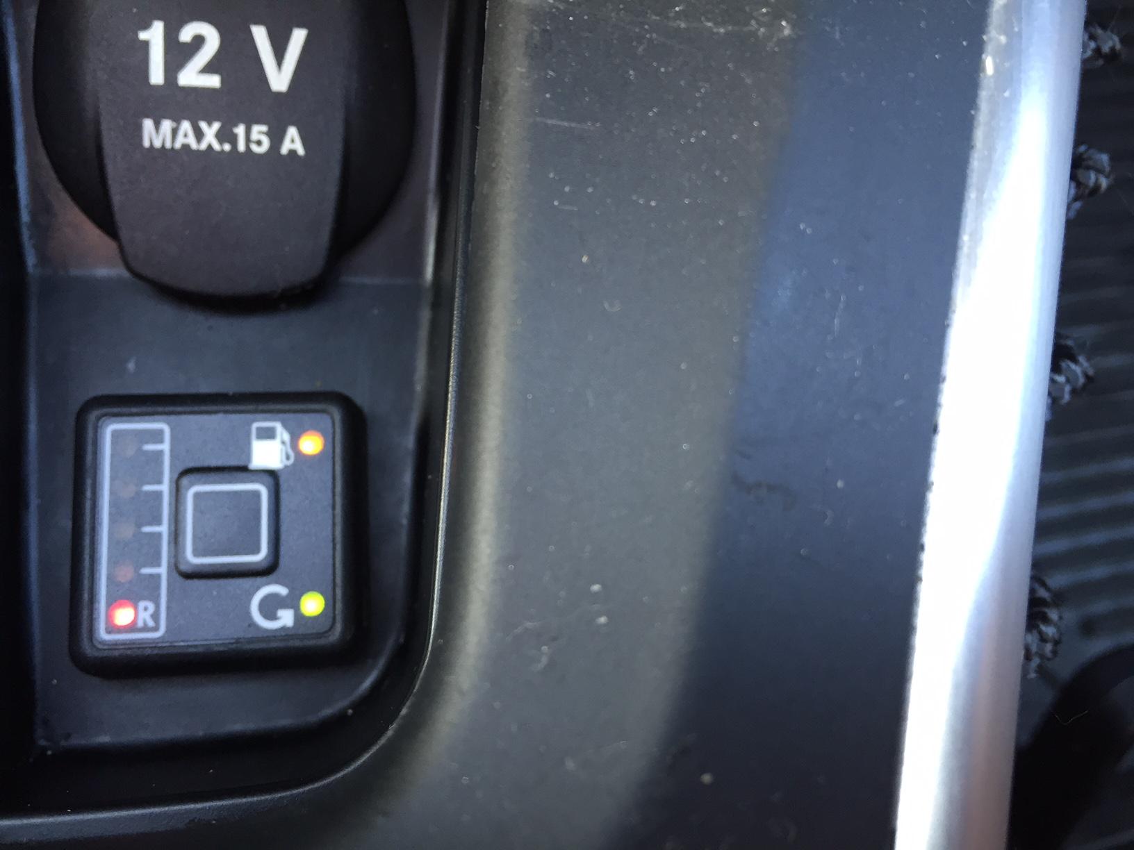 autogas_umruesstung-auf-lpg-autogas-mercedes-b170-tankuhr