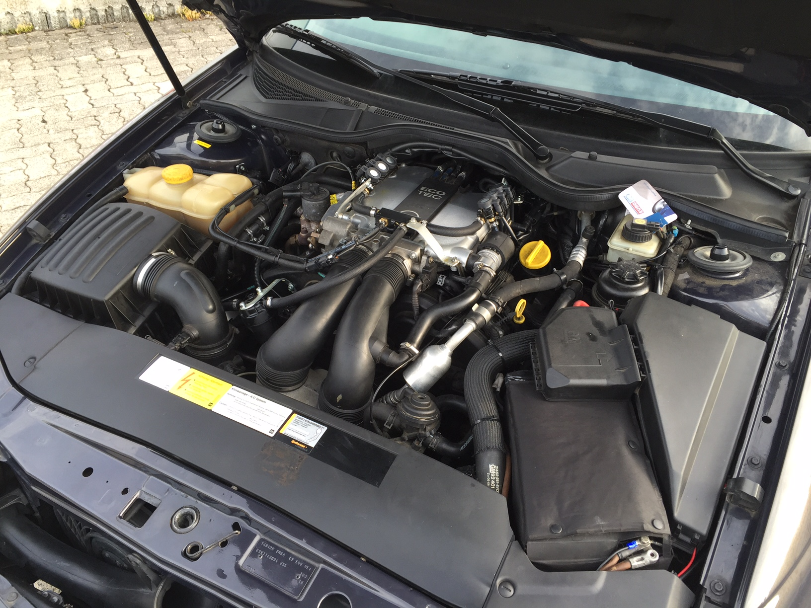 autogas_umruesstung-auf-lpg-autogas-opel-omega-v6-motor