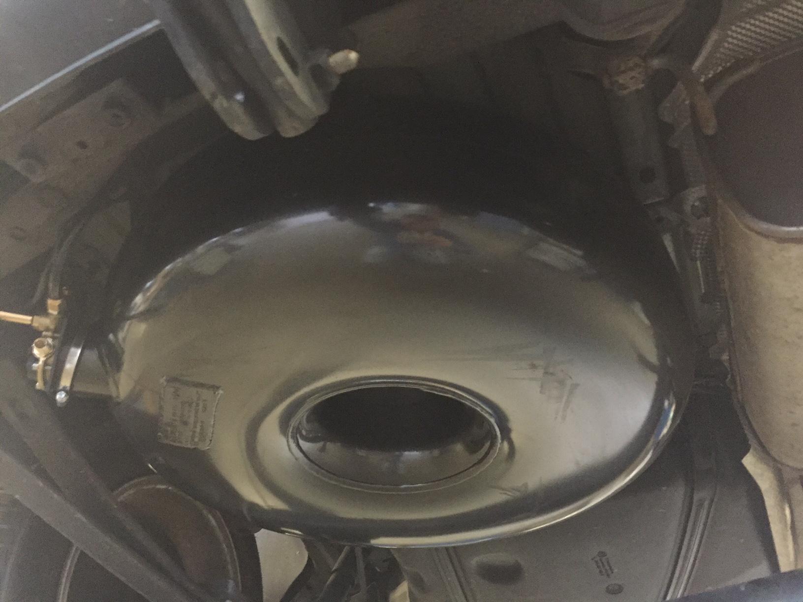 autogas_umruesstung-auf-lpg-autogas-vw-caddy-tsi-direkteinspritzer-tank