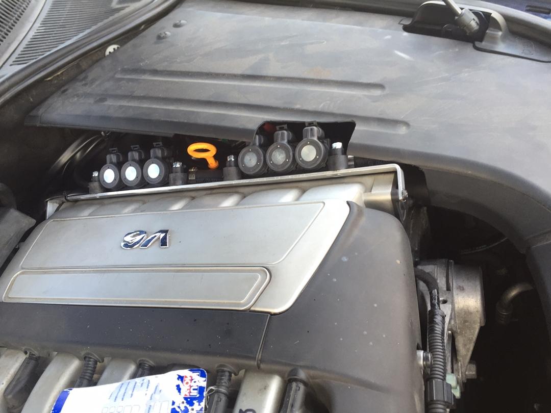 autogas_umruesstung-auf-lpg-autogas_vw_touareg-32-injektor