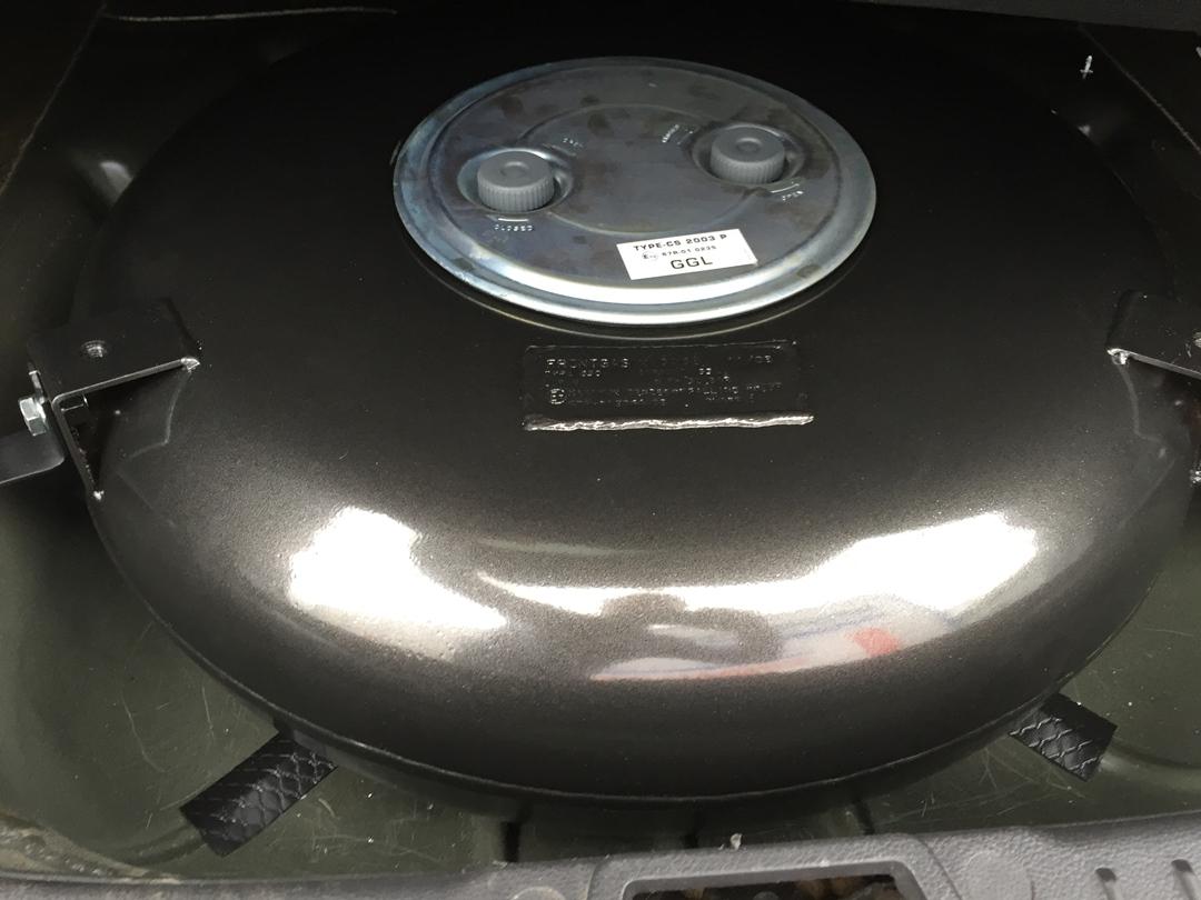 autogas_umruesstung-auf-lpg-ford_focus_st-tank