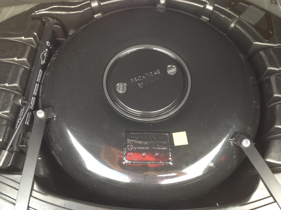 autogas_umruesstung-auf-lpg-mercedes_s-klass-500-tank