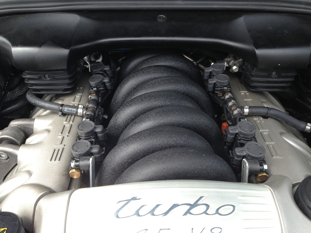 autogas_umruesstung-auf-lpg-porsche_cayenne_turbo-injektor