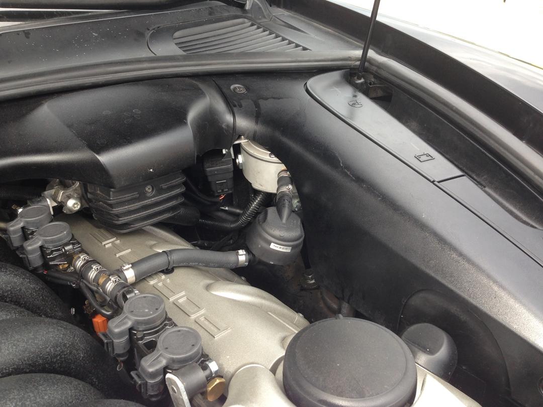 autogas_umruesstung-auf-lpg-porsche_cayenne_turbo-verdampfer