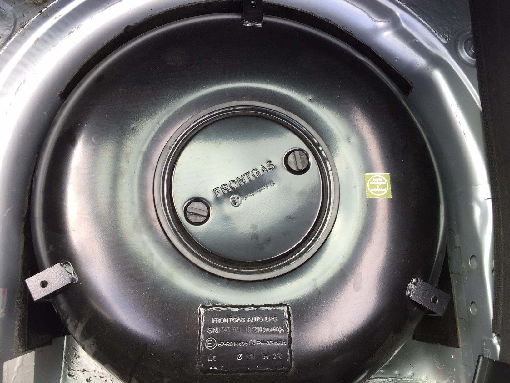 autogas_umruesstung-auf-lpg-autogas-audi-tt-18-turbo-tank