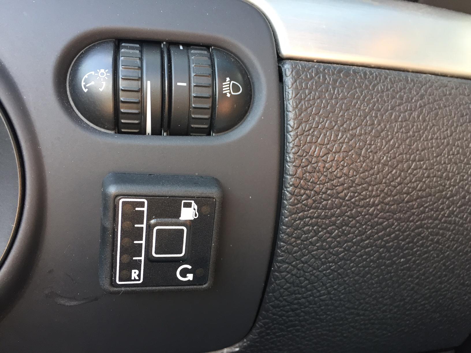 autogas_umruesstung-auf-lpg-autogas-vw-eos-fsi-direkteinspritzer-tankuhr