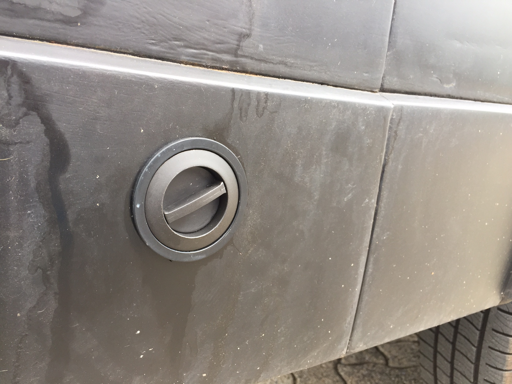 autogas_umruesstung-auf-lpg-autogas-vw-lt28-venturi-tankstutzen