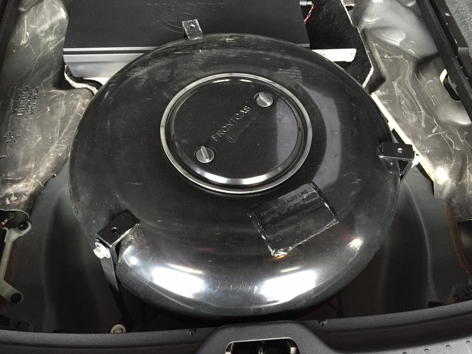 Onwijs autogas_umruesstung-auf-lpg-autogas-volvo-xc60-tank - Frontgas.de CX-14
