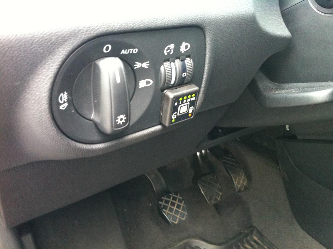 autogas_umruesstung-auf-lpg-autogas_audi-a1-12tsi-direkteinspritzer-tankuhr