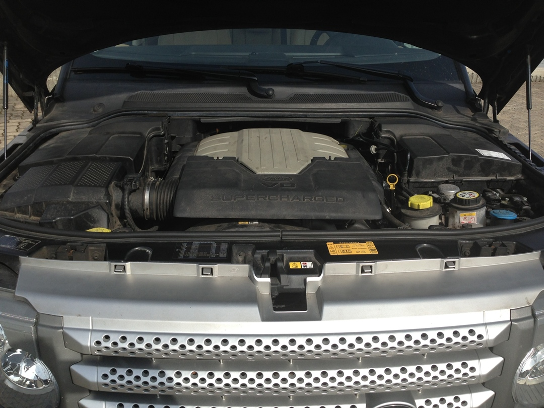 autogas_umruesstung-auf-lpg-autogas_range-rover_sport_42-hsr-motor