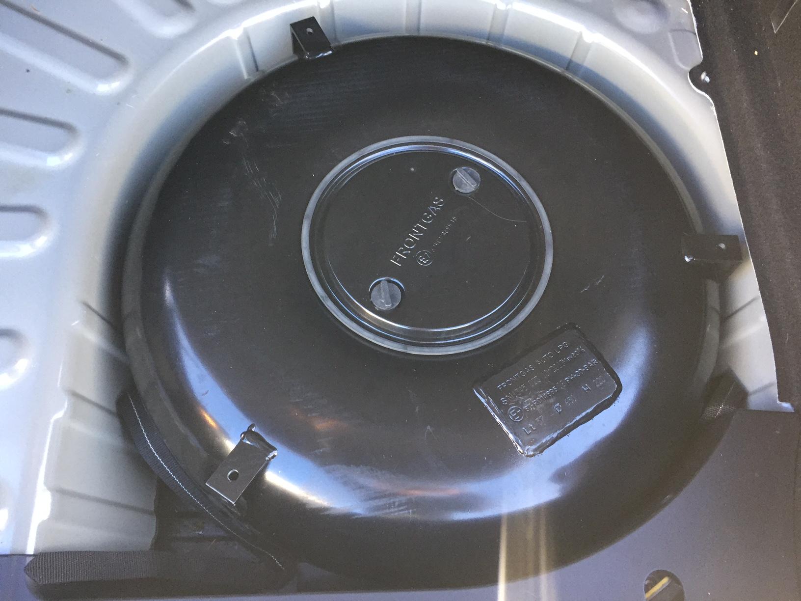 Autogas-Umrüstung-LPG-Frontgas-Peugeot-307CC-03