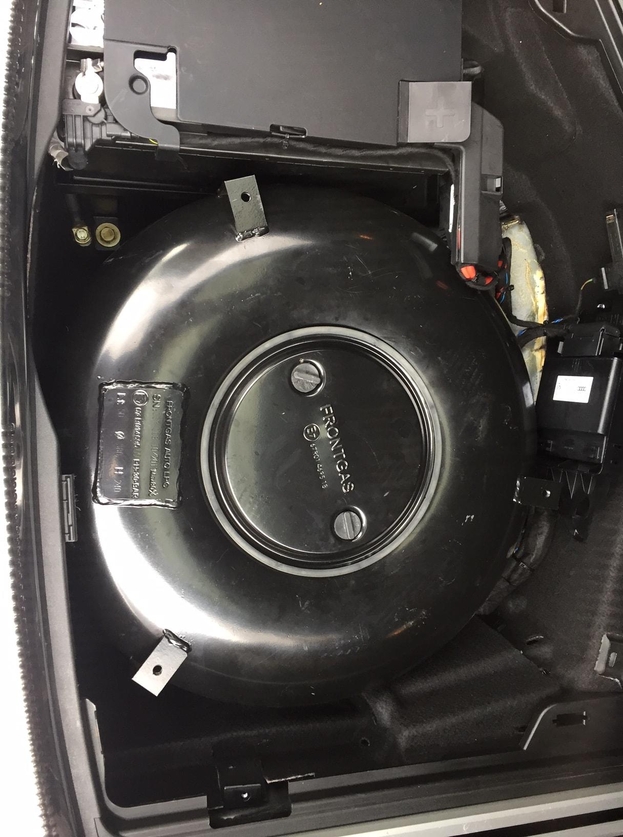 Autogas_R115-Umrüstung-auf-LPG-Autogas_Audi-A6-4G-2,0TSI-Direkteinspritzer-Tank