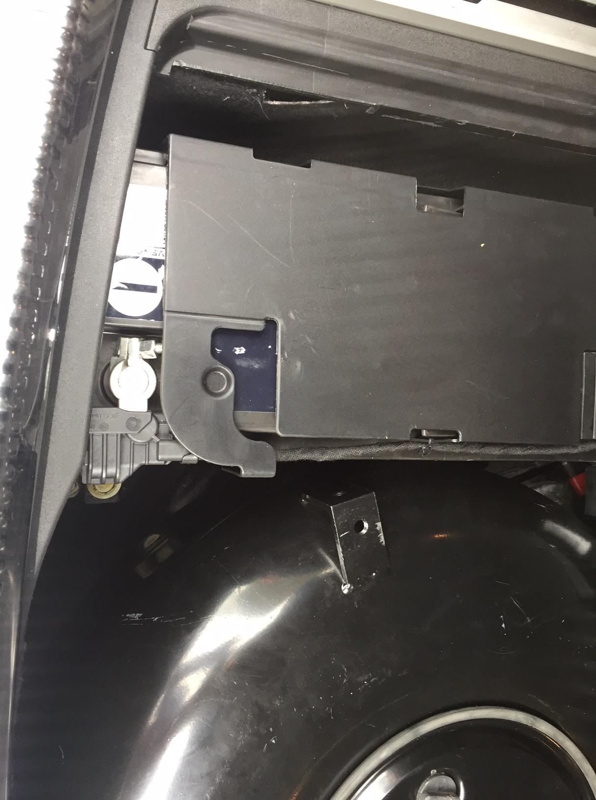Autogas_R115-Umrüstung-auf-LPG-Autogas_Audi-A6-4G-2,0TSI-Direkteinspritzer-Tank2