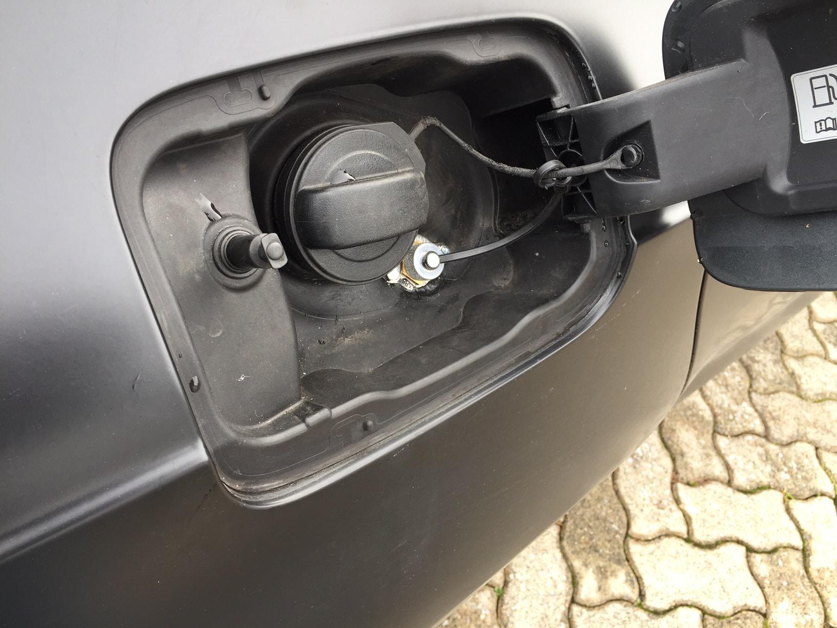 Autogas_R115-Umrüstung-auf-LPG-Autogas_Audi-A7-3,0TSI-Direkteinspritzer-Tankstutzen
