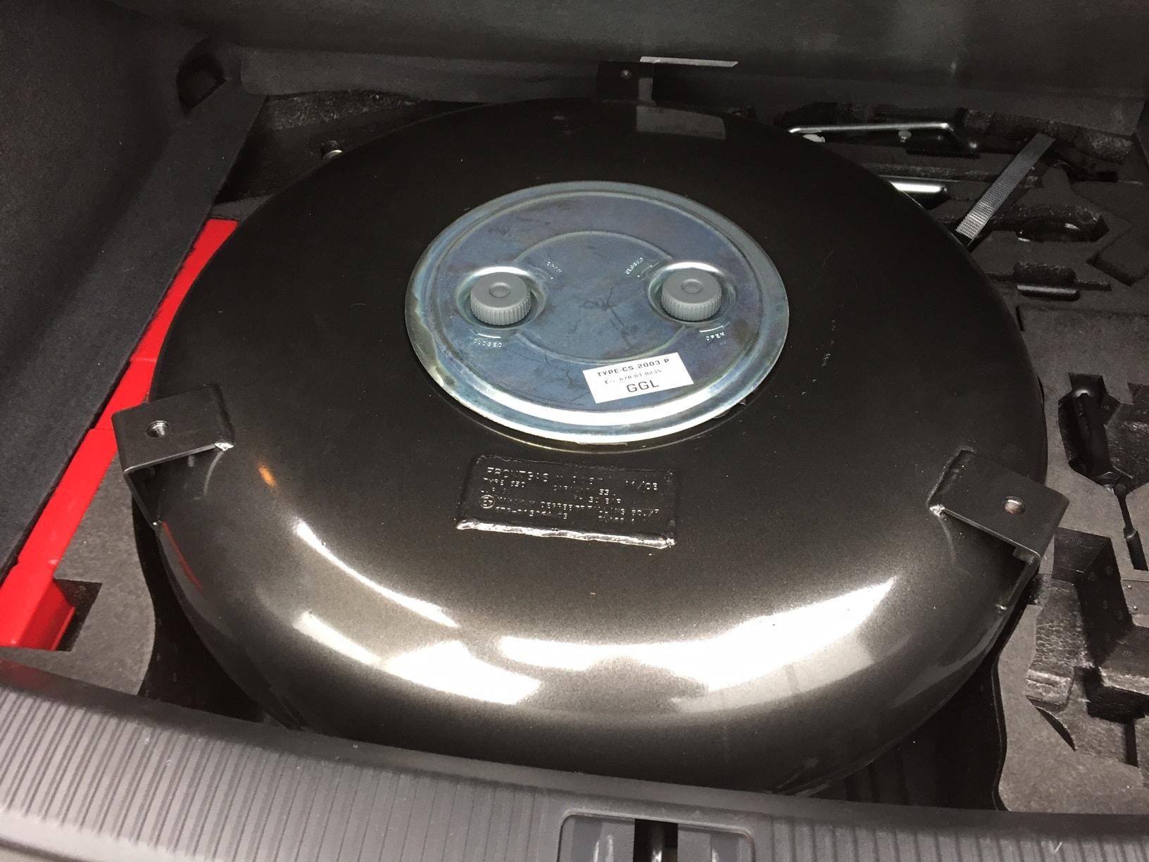 Autogas_R115-Umrüstung-auf-LPG-Autogas_Audi-Q5-2,0TSI-Direkteinspritzer-Tank