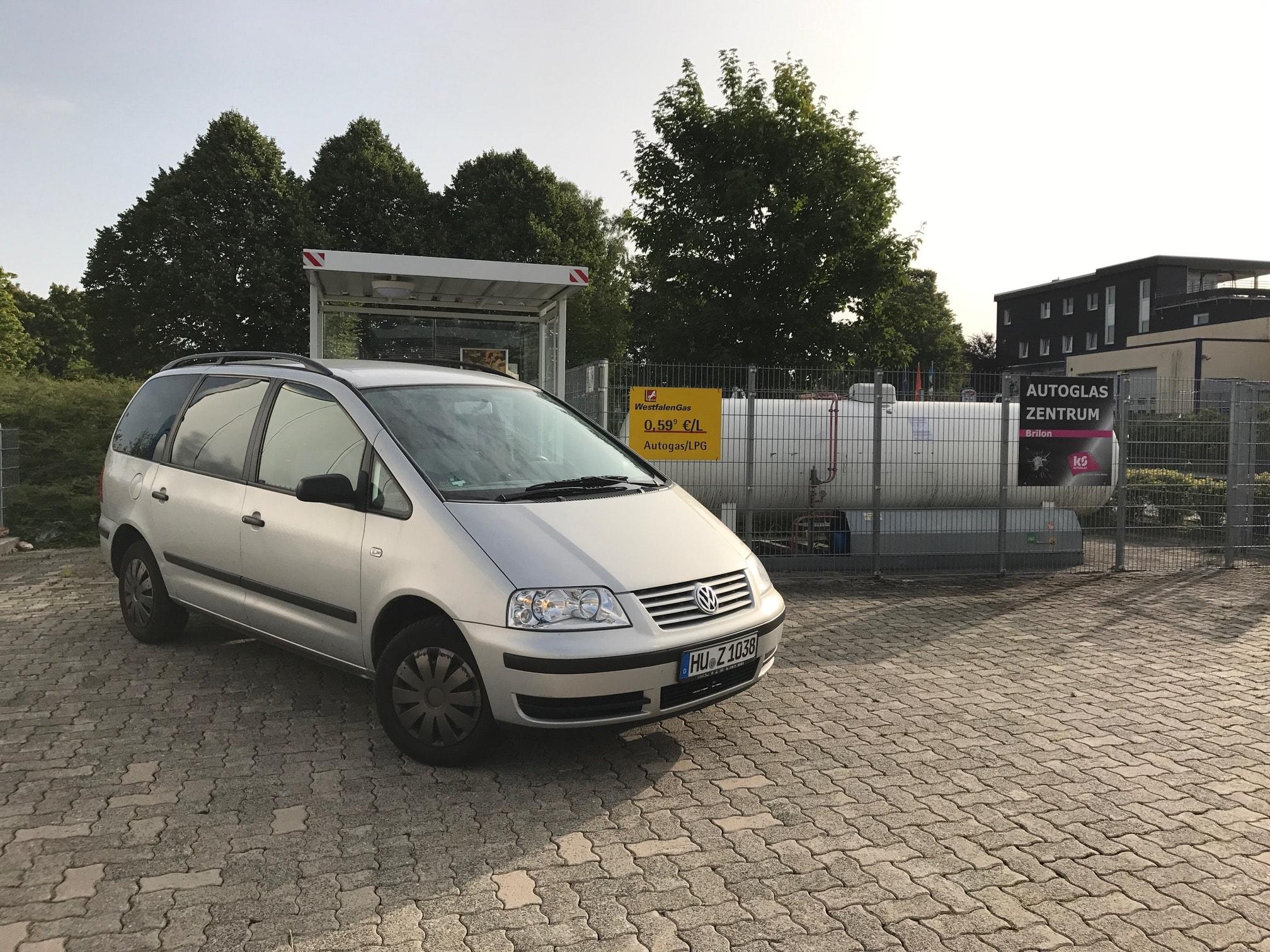 VW-Sharan-Frontgas-Titelbild