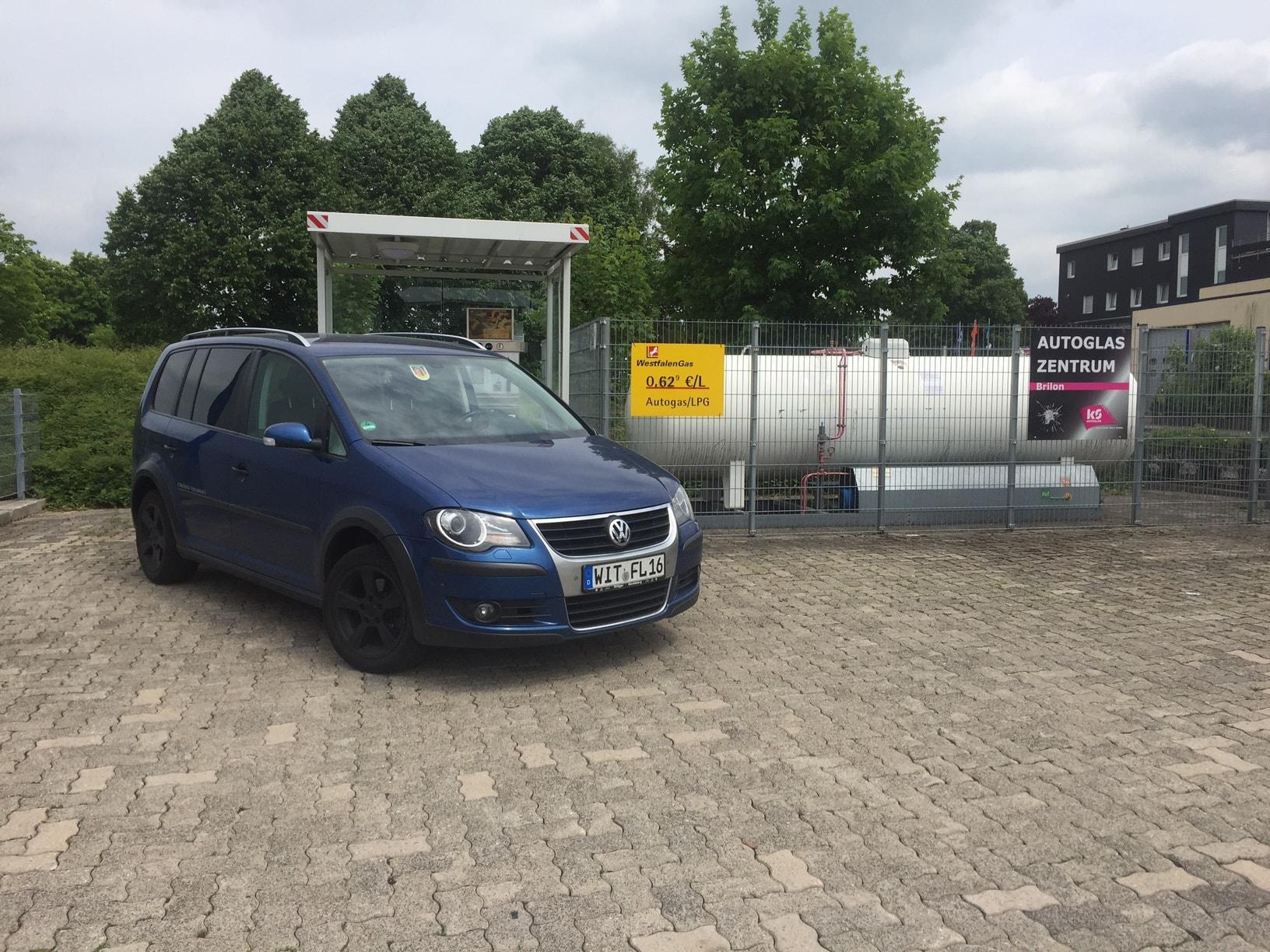 VW-Touran-14-Titelbild